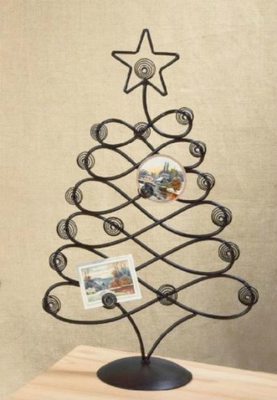 5 Simple Christmas Card Holder Ideas