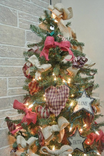 primitive christmas tree ideas