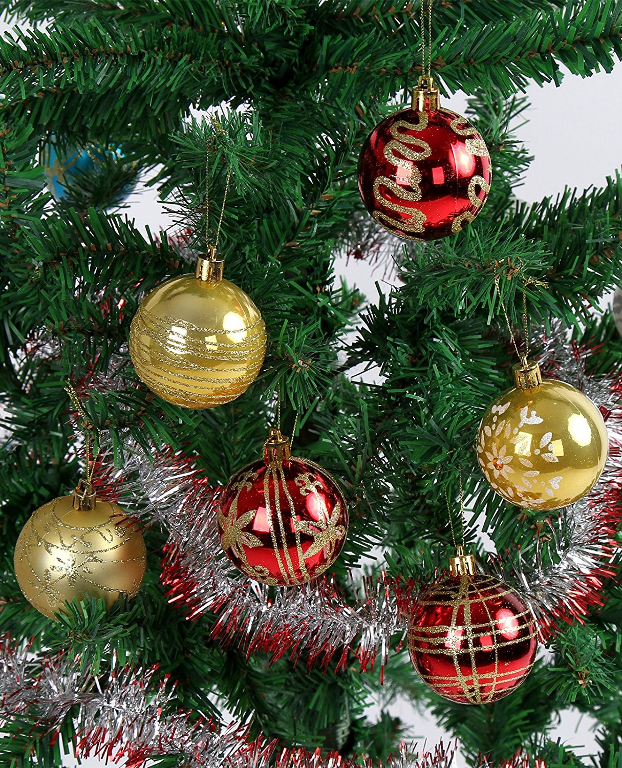 red and gold christmas tree ideas