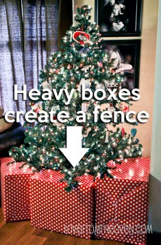 christmas tree gift box fence