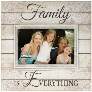 The Best Christmas Gifts for Elderly Parents Who Have Everything. *Current Framed Picture of All The Family*  sc 1 st  A Christmas Celebration & Christmas Gift Ideas for Elderly Parents Who Have Everything